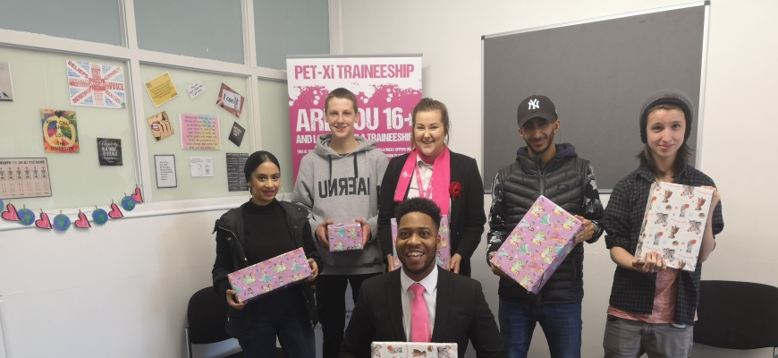 Back, from the left, Students Deena Haimeed, Euan Owens, Lucy Ness (PET-Xi Apprentice and ex-Traineeship student), Dean Haimeed and Patrick Bailey with Dillian Simpson (PET-Xi Training) at the front