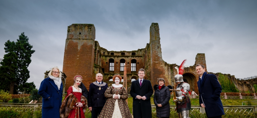 (left to right) Liz Page, Territory Director for English Heritage, Michael Hitchins, Mayor of Kenilworth, Jeremy Wright, Secretary of State for Digital, Culture, Media and Sport, Helen Peters Chief Executive for Shakespeare's England, Luke Whitcomb, Marke